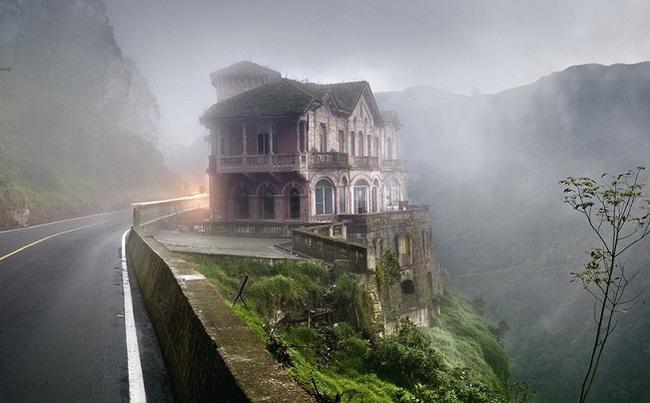 Hotel del Salto: Từ khách sạn sang dành cho giới quý tộc đến địa điểm tự tử nổi tiếng, gắn liền với những lời đồn chết chóc kì lạ - Ảnh 6.