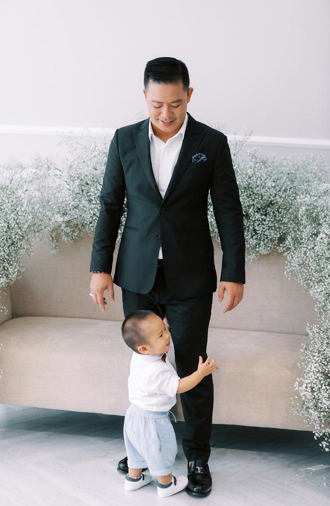 Giang Hồng Ngọc khoe ảnh cưới cùng chồng và con trai trước ngày lên xe hoa - Ảnh 5.