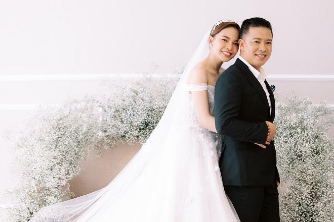 Giang Hồng Ngọc khoe ảnh cưới cùng chồng và con trai trước ngày lên xe hoa - Ảnh 3.