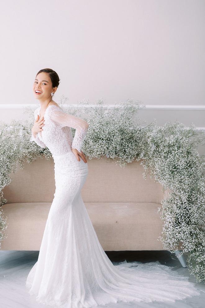 Giang Hồng Ngọc khoe ảnh cưới cùng chồng và con trai trước ngày lên xe hoa - Ảnh 13.