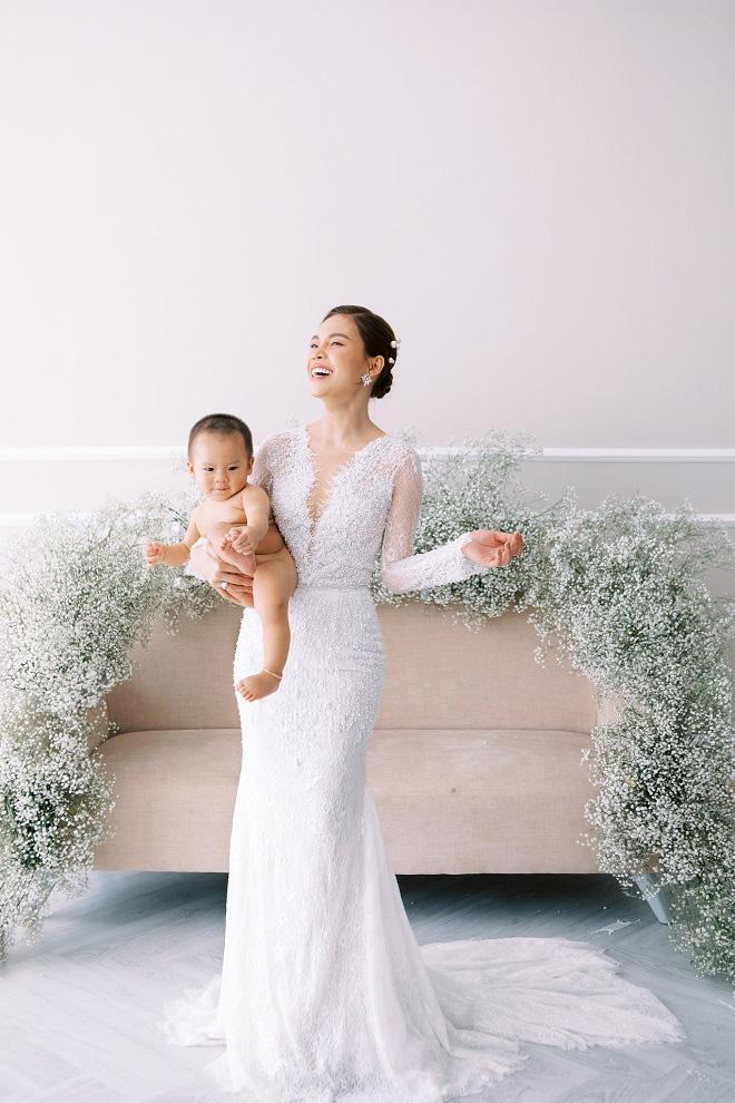 Giang Hồng Ngọc khoe ảnh cưới cùng chồng và con trai trước ngày lên xe hoa - Ảnh 9.