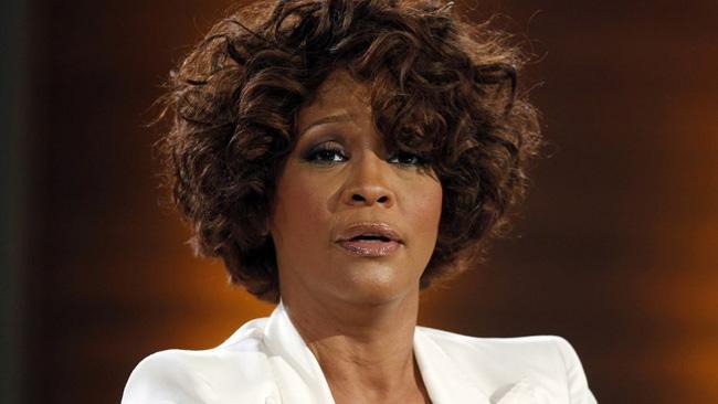 Chấn động: Gia đình và người tình của Whitney Houston xác nhận nữ danh ca là người đồng tính - ảnh 2