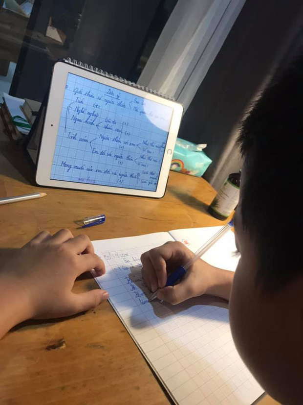 """Chỉ là bài văn thông thường của cậu học sinh lớp 3, nhưng khi biết """"công thức viết văn"""" của bà mẹ thì ai cũng phục sát đất - Ảnh 4."""