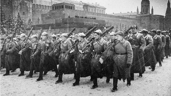 Tại sao Liên Xô lại tổ chức lễ duyệt binh lịch sử năm 1941? - ảnh 3