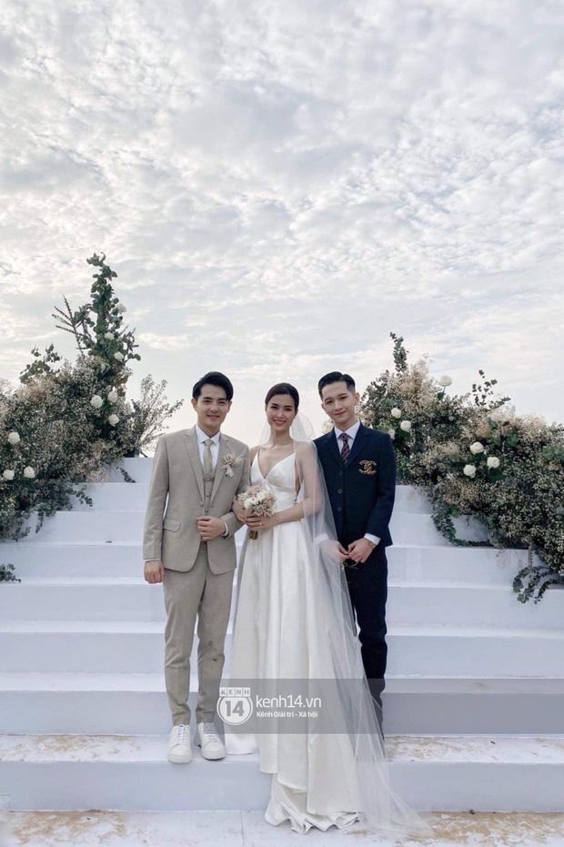 200 sao Việt xúng xính váy áo dự đám cưới đẹp như mơ của Đông Nhi - Ông Cao Thắng - ảnh 2