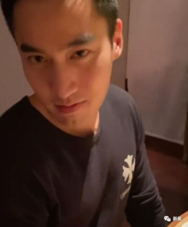 Chung Hân Đồng lại khổ vì chồng: Hết follow hotgirl mạng xã hội, nay lại hẹn hò với mỹ nhân lạ mặt lúc xa vợ - Ảnh 1.