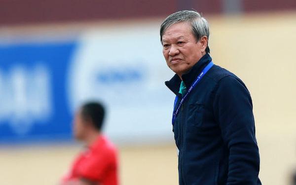 HLV Lê Thụy Hải: Tôi ngạc nhiên vì sao ông Park lại thay đổi thủ môn và hàng phòng ngự - Ảnh 7.