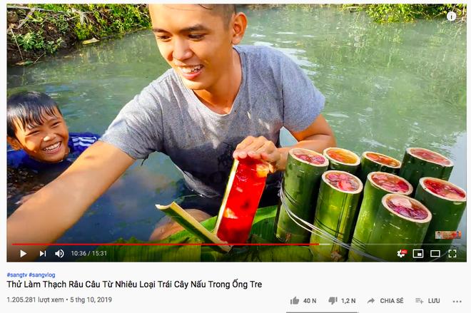Youtuber nghị lực nhất Việt Nam: ở nhà tre nứa, làm phụ hồ nhưng vẫn gây dựng được channel ẩm thực hơn 760k subscribers - Ảnh 28.