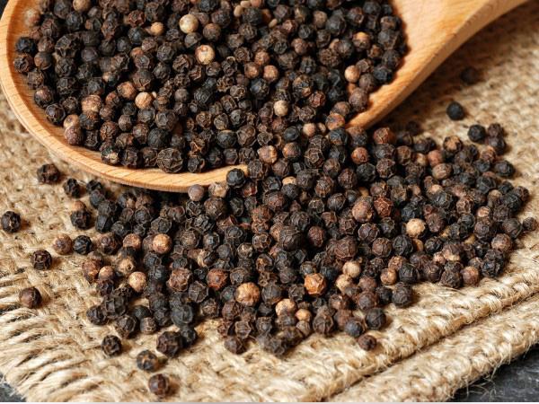 Thứ hạt nhỏ xíu nhà nào cũng có sẵn trong bếp này có thể tận dụng làm thuốc chữa bệnh vào mùa đông cực tốt: Đây là lý do và công thức làm theo! - Ảnh 1.