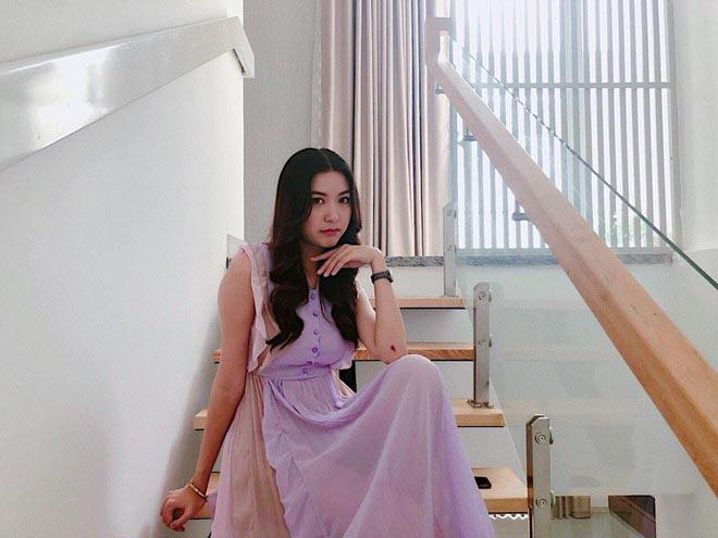 Cuộc sống độc thân trong căn nhà 400m2, đi xe 8 tỷ của á hậu Thúy Vân - Ảnh 4.