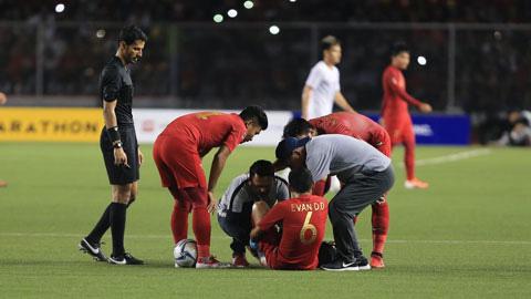 Báo Indonesia ấm ức, tố U22 Việt Nam chơi quá thô bạo khiến đội nhà thua thảm - Ảnh 1.