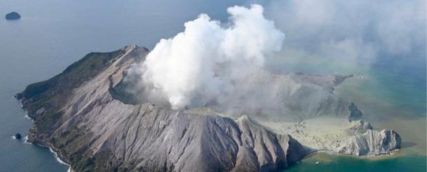 Núi lửa phun trào giết chết ít nhất 5 người tại New Zealand: Tử thần sẽ không bao giờ dừng lại, bởi bản chất của đất nước này là như vậy - Ảnh 1.