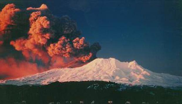 Núi lửa phun trào giết chết ít nhất 5 người tại New Zealand: Tử thần sẽ không bao giờ dừng lại, bởi bản chất của đất nước này là như vậy - Ảnh 4.
