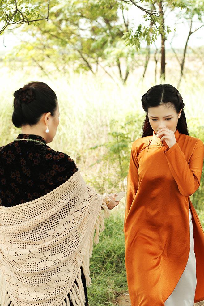 Dương Hoàng Yến òa khóc khi vướng chuyện tình dang dở trong MV mới - Ảnh 5.