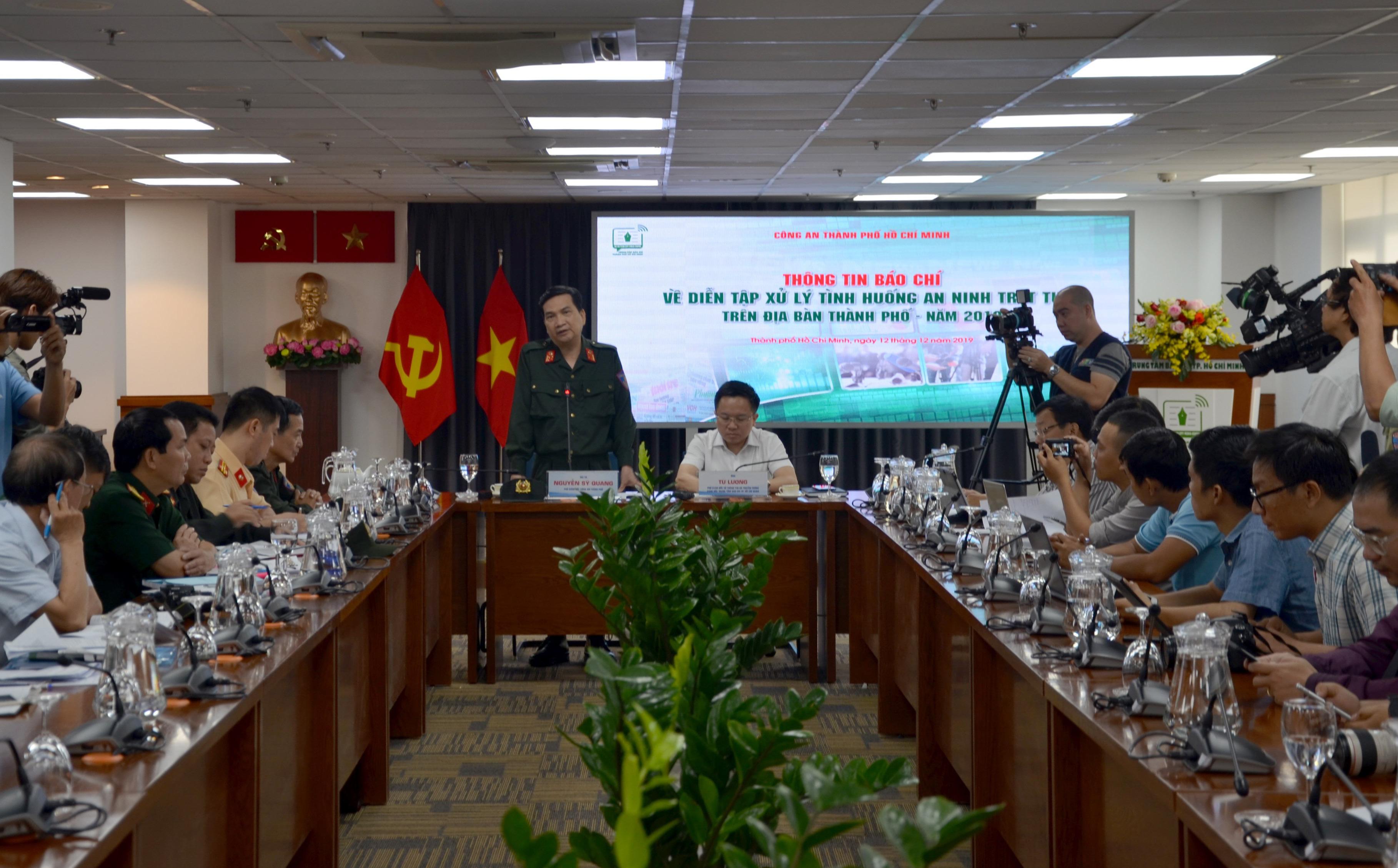 Công an TP.HCM đưa ra 4 tình huống giả định khủng bố ở sân bay Tân Sơn Nhất và trung tâm Sài Gòn