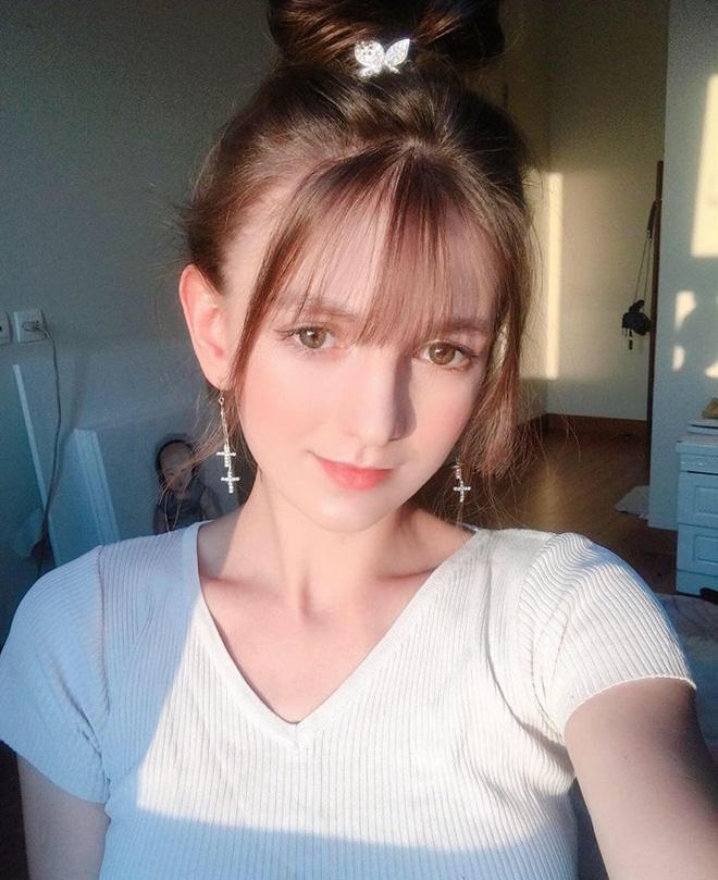 Info nữ DJ nóng bỏng vượt khó dùng google dịch tiếp cận Đoàn Văn Hậu, thính đậm đà thế này bạn gái lại lo rồi đây! - Ảnh 9.