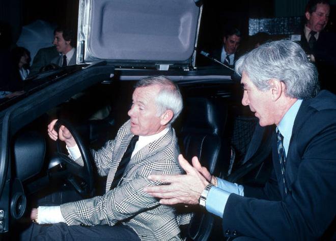 Trước Tesla Cybertruck, chỉ có duy nhất 1 chiếc xế hộp bọc thép không gỉ, được sản xuất từ tận năm 1983 - Ảnh 12.