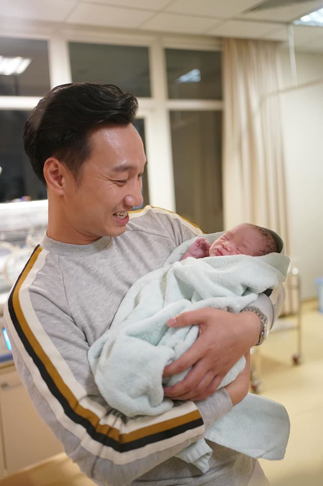 Sinh 2 con trai đúng ngày U22 Việt Nam vô địch, MC Thành Trung viết bức thư dài xúc động - Ảnh 10.
