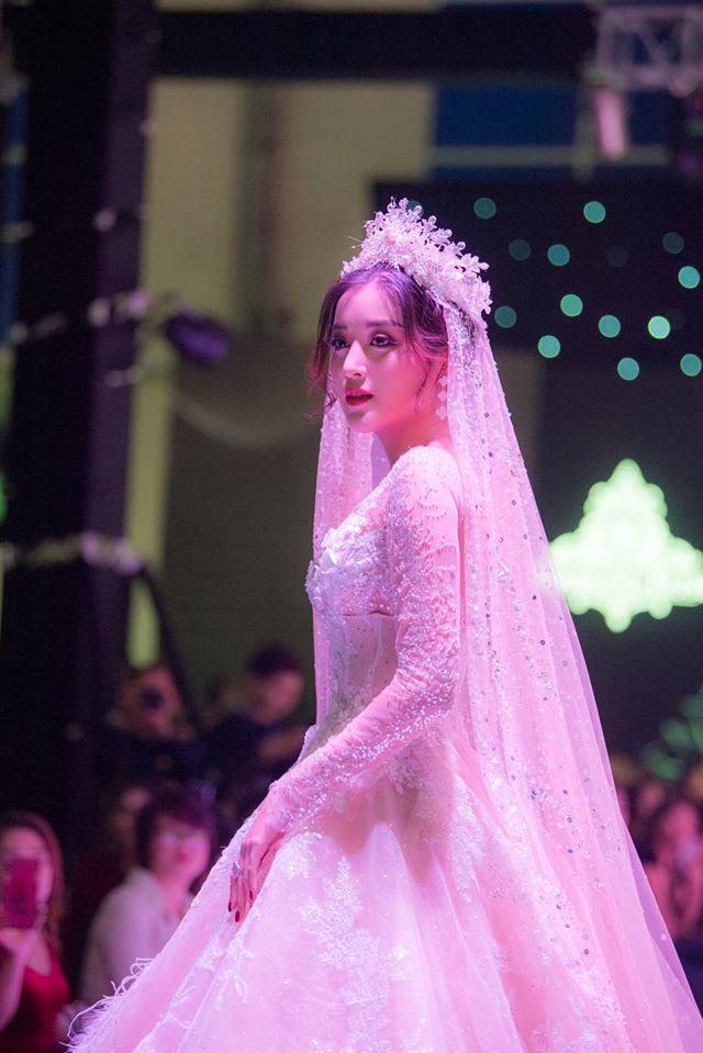 Á Hậu Huyền My lo lắng vì mặc váy cô dâu quá nhiều lần - ảnh 5