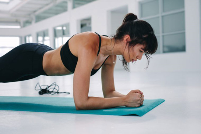 Tập thể dục lúc sáng sớm rất tốt nhưng đừng dại mắc 6 lỗi nguy hiểm này vì sẽ làm sức khỏe yếu thêm - Ảnh 2.