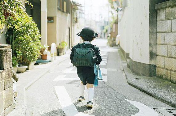 Hình thành tính cách tự lập cho con từ nhỏ là cách dạy con phổ biến của người Nhật.