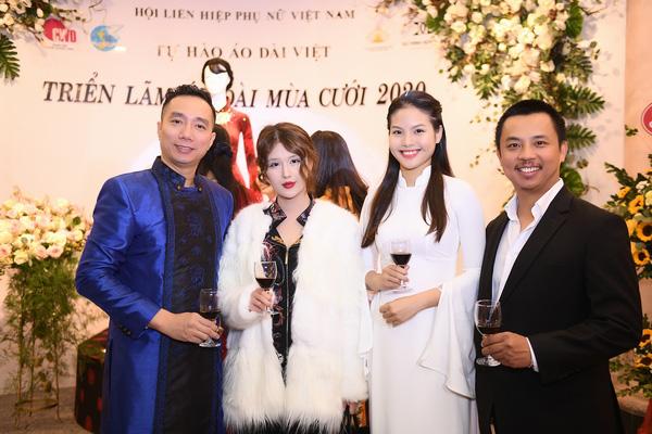 NSND Lan Hương dịu dàng trong tà áo dài họa tiết di sản Huế - Ảnh 5.
