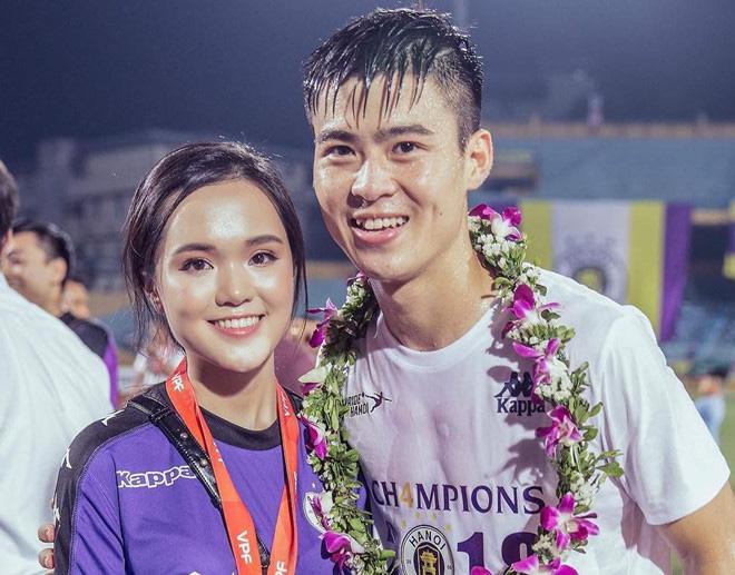 Dàn bạn gái cầu thủ Việt: Toàn con nhà trâm anh thế phiệt, xinh đẹp hơn người lại còn sở hữu học vấn siêu đỉnh - Ảnh 8.