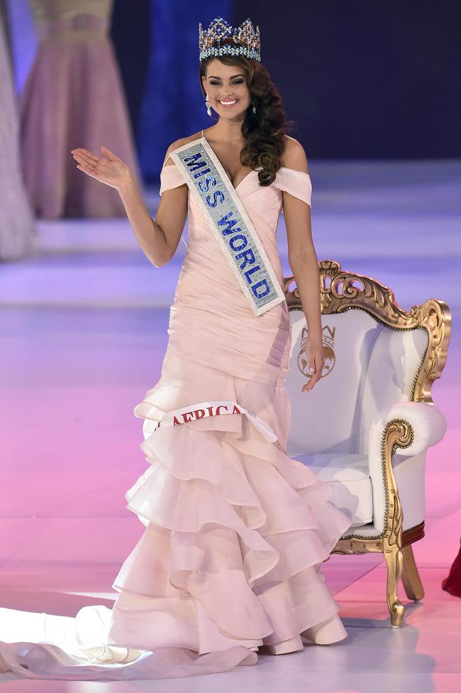 Nhìn lại nhan sắc của các người đẹp đăng quang Hoa hậu Thế giới trong những năm gần đây: Nổi bật nhất phải nói tới mỹ nhân đến từ Trung Quốc này - Ảnh 8.