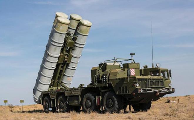 Israel không kích tan nát các mục tiêu Iran ở Syria: S-300 Nga trố mắt đứng nhìn? - Ảnh 2.