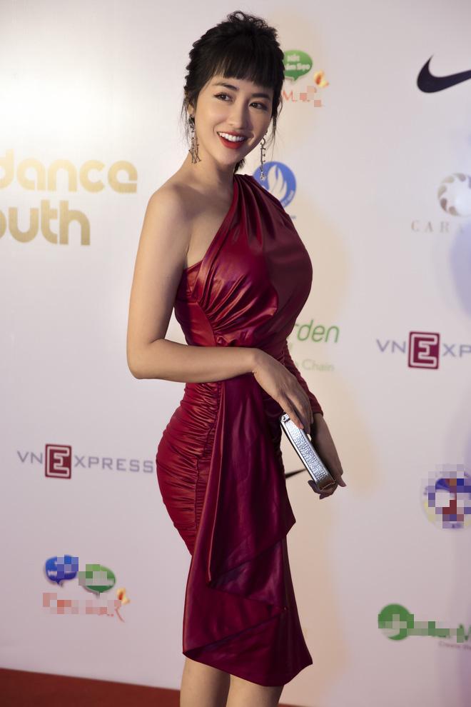 Minh Hằng, Trọng Hiếu nhảy sung trên sân khấu đêm chung kết Kpop Dance For Youth - Ảnh 2.