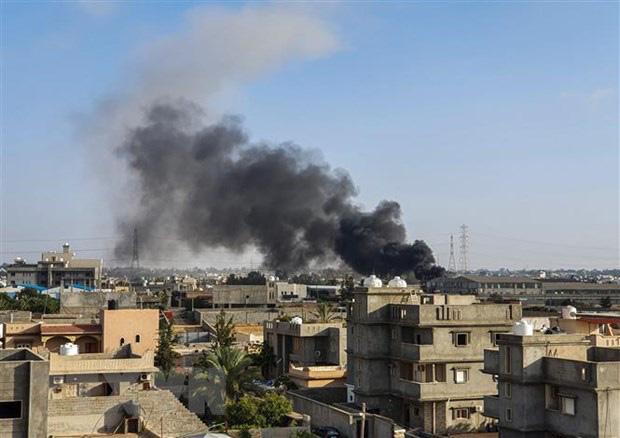 CẬP NHẬT: Tàu chiến Thổ Nhĩ Kỳ đối đầu, hung hãn đuổi tàu Israel - Không quân LNA tấn công, hàng loạt máy bay TB2 của Ankara bị thiêu rụi - Ảnh 10.