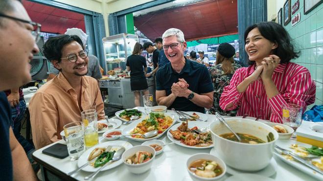 Tim Cook đi chùa, khen ngợi ẩm thực Đông Nam Á - Ảnh 11.
