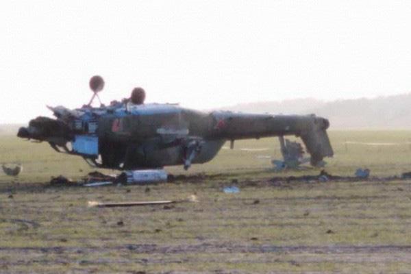 Nga công bố hình ảnh trực thăng Mi-28UB rơi trong khi bay huấn luyện - Ảnh 3.