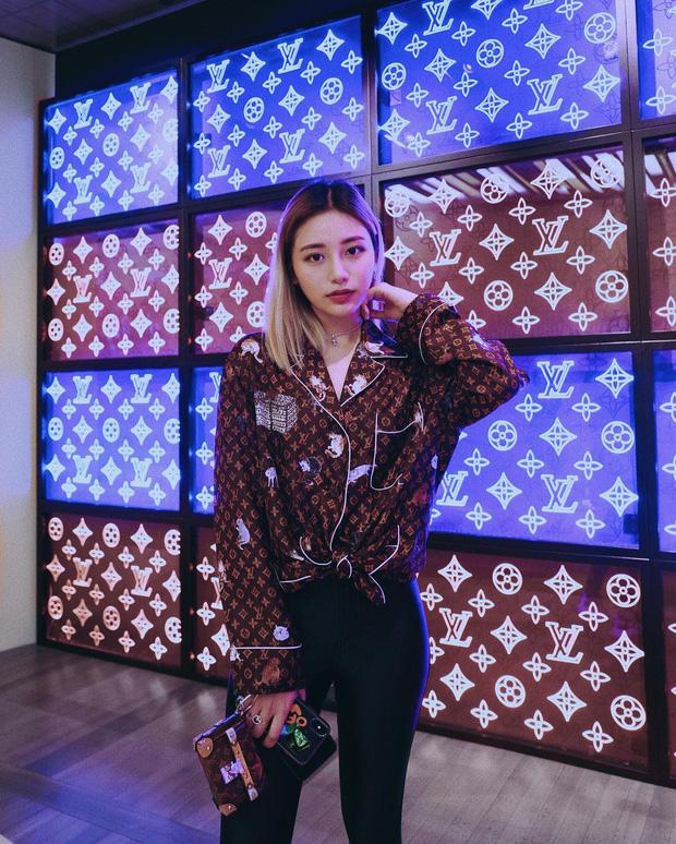 """Con gái của """"bà hoàng Hermes Jamie Chua: Tí tuổi đã mặc đồ hàng hiệu khắp người, mạnh dạn đầu tư kinh doanh thương hiệu phụ kiện riêng - Ảnh 21."""