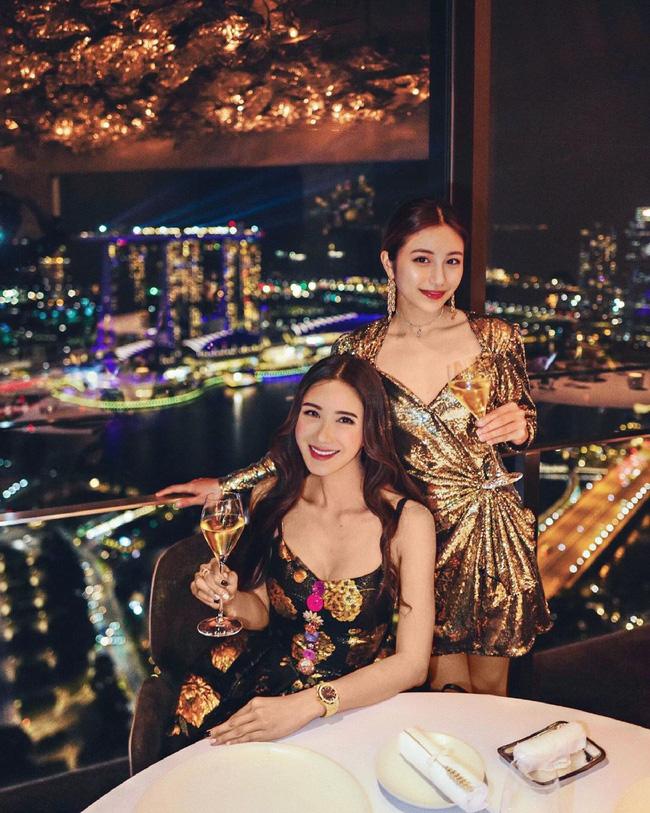 """Con gái của """"bà hoàng Hermes Jamie Chua: Tí tuổi đã mặc đồ hàng hiệu khắp người, mạnh dạn đầu tư kinh doanh thương hiệu phụ kiện riêng - Ảnh 5."""