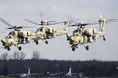 Nga công bố hình ảnh trực thăng Mi-28UB rơi trong khi bay huấn luyện - Ảnh 9.