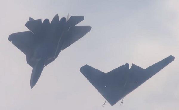 Rối như tơ vò giữa F-15EX và F-35, Mỹ quên mất át chủ bài để hủy diệt Nga-Trung? - Ảnh 3.