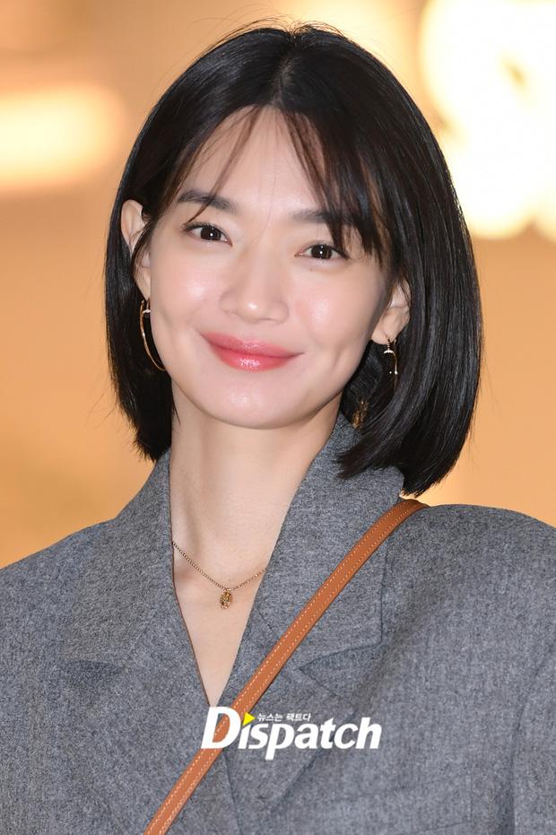 Kim Woo Bin tái xuất ngoạn mục sau 2 năm điều trị ung thư, bạn gái Shin Min Ah cũng không thua kém khi vừa xuất hiện đã gây náo loạn - ảnh 3