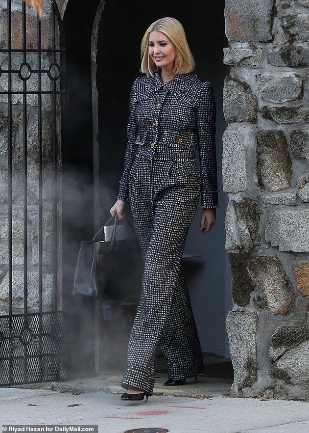 Ivanka thu hút ánh nhìn với áo khoác 2.600 USD khi trở lại Trung Đông sau 2 năm - Ảnh 5.