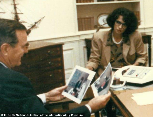 Cưới nhân viên CIA mà không hề hay biết: Cô gái trở thành trùm gián điệp, lừa cả tổng thống Mỹ - Ảnh 1.