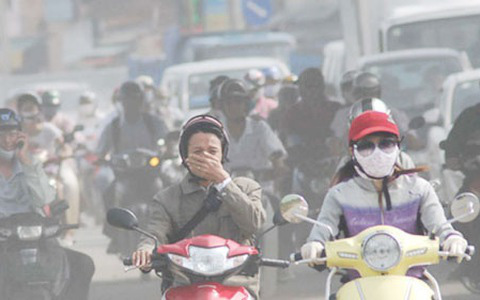 Ô nhiễm không khí trầm trọng, phụ huynh yêu cầu lắp máy lọc không khí trong lớp học để bảo vệ sức khỏe học sinh - Ảnh 4.