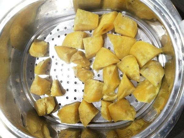Món ngon rụng rời từ khoai lang khiến ai ăn xong cũng vội vàng hỏi cách làm - Ảnh 1.