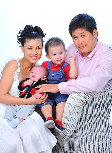 Diễn viên Kim Thư: Từ bà trùm ở nhà 3 triệu USD đến bán xôi, lập nghiệp ở tuổi U40 - Ảnh 4.