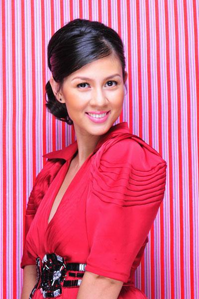 Diễn viên Kim Thư: Từ bà trùm ở nhà 3 triệu USD đến bán xôi, lập nghiệp ở tuổi U40 - Ảnh 2.