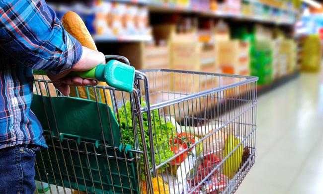 Dễ mà khó: Làm cách nào để tiết kiệm được nhiều tiền nhất khi đi siêu thị, hãy nghe các chị em chia sẻ 7 bí kíp tinh ranh - Ảnh 2.
