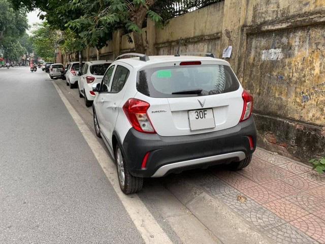 Vừa mua Vinfast Fadil bản tiêu chuẩn, chủ xe đã bán lại ngang giá Kia Morning bản cao cấp - Ảnh 2.