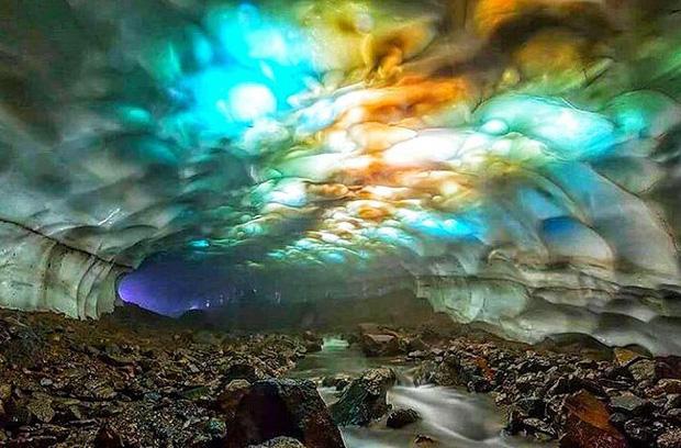 12 hố sâu bí ẩn bậc nhất hành tinh: Hun hút như cổng đến địa ngục, gây choáng ngợp với bất cứ ai tận mắt chứng kiến - Ảnh 16.