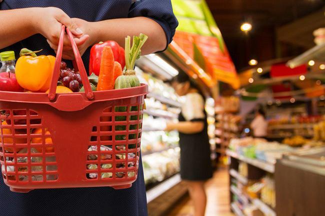 Dễ mà khó: Làm cách nào để tiết kiệm được nhiều tiền nhất khi đi siêu thị, hãy nghe các chị em chia sẻ 7 bí kíp tinh ranh - Ảnh 3.