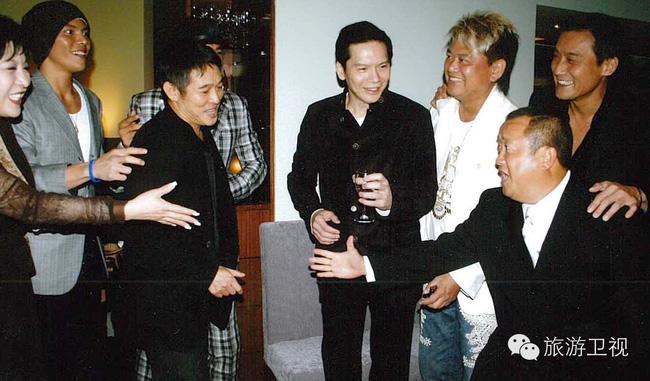 Bố chồng tình cũ Phùng Thiệu Phong: Từ diễn viên ít tên tuổi bên cạnh Châu Nhuận Phát tới ông trùm xã hội đen khiến cả giới giải trí Hoa ngữ khiếp sợ - Ảnh 7.