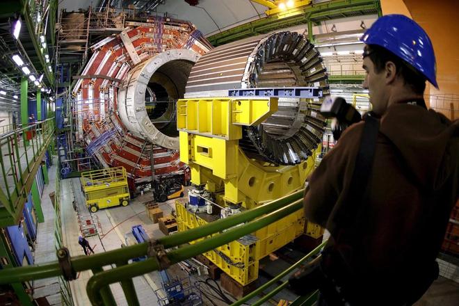 Trung Quốc định xây đập Tam Hiệp của vật lý hạt, sẽ tốn hàng tỷ USD nhưng nhiều người cho rằng không thiết thực - Ảnh 3.